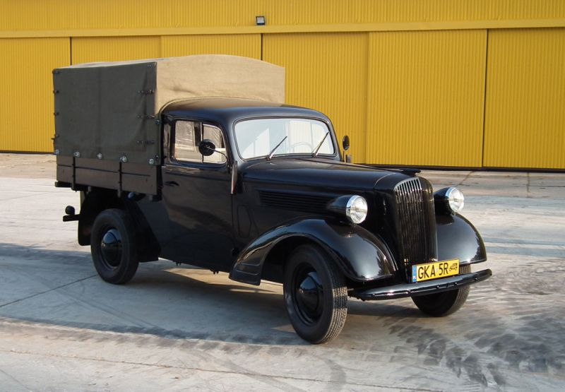 opel super 6 pick up museum of military technology gryf. Black Bedroom Furniture Sets. Home Design Ideas