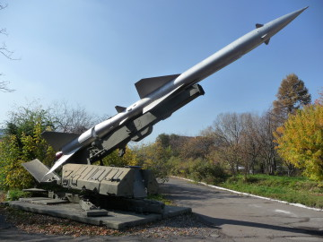 surface-to-air_missile_system_s-75_dvina